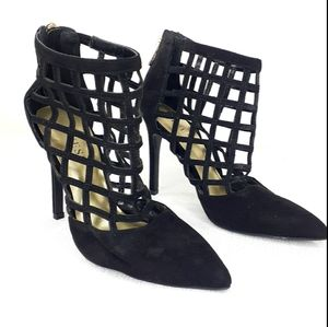 Guess Heels Caged Stilleto Closed Point Toe size 7